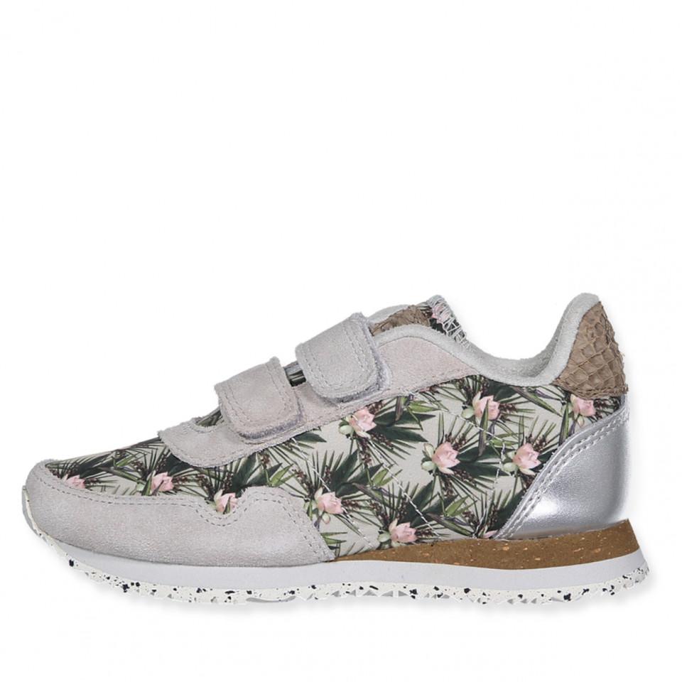 8511293bf86 Woden - Nora Flower sneakers - 049 Sea Fog Grey - Grå