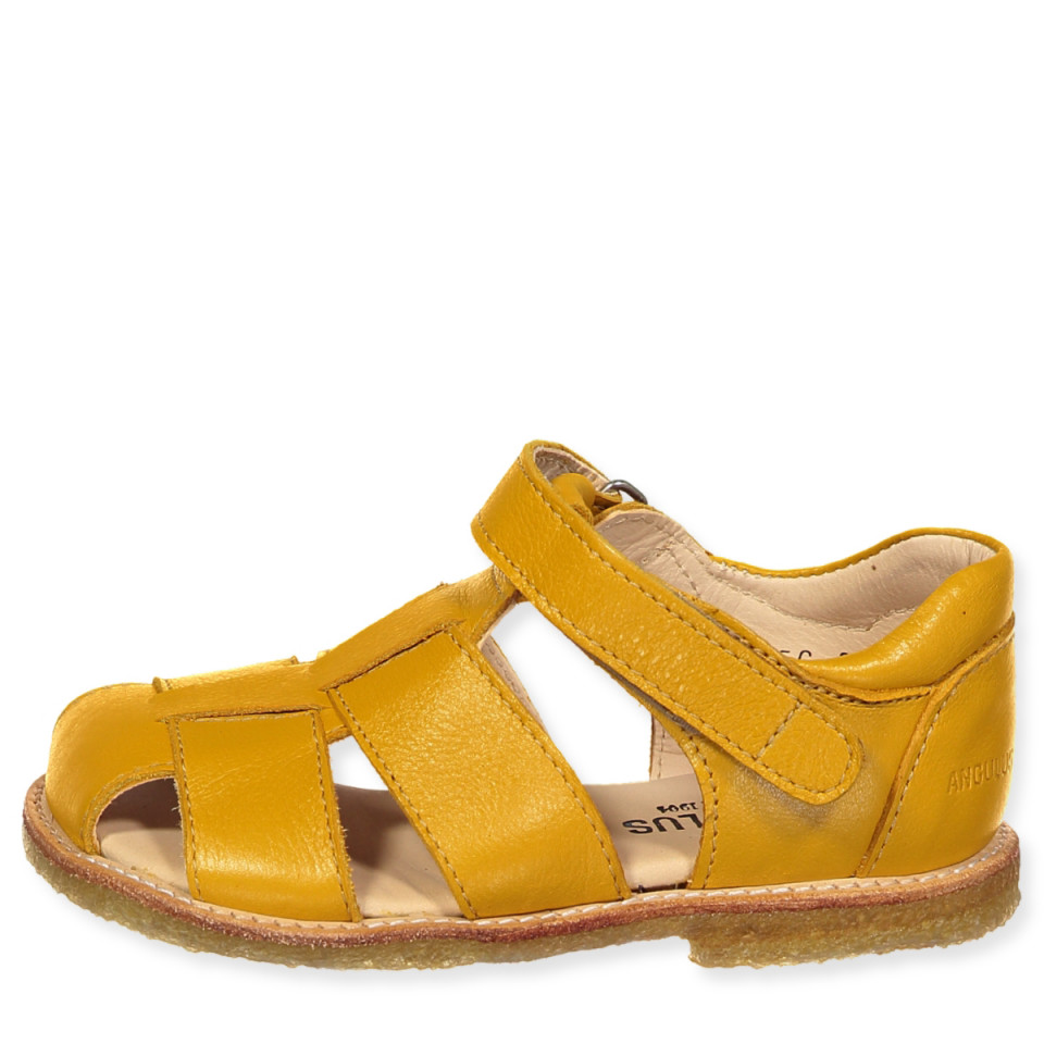 Gule sandaler