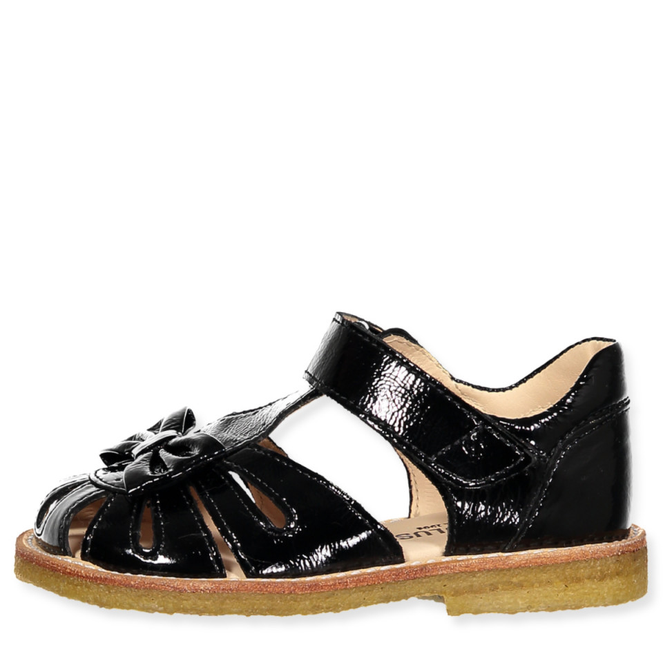 Sorte sandaler