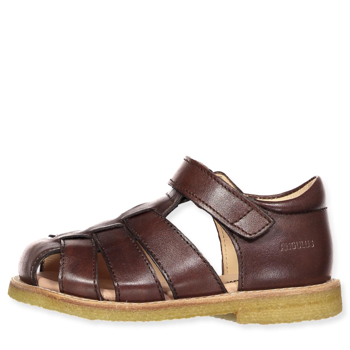 Brune sandaler